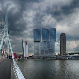 Erasmus bridge Rotterdam sur Roelof Foppen