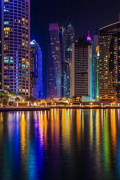 Dubai by Night - Dubai Marina - 2 van Tux Photography