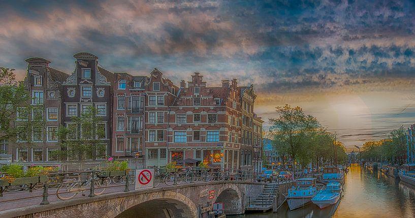 Zonsondergang aan de Brouwersgracht van Amsterdam Fotografie (Peter Bartelings)