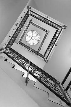 Wenteltrap in zwart-wit van Corrie Ruijer