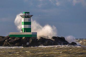 Pier van IJmuiden van STEVEN VAN DER GEEST