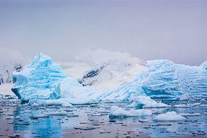 Blauw ijs van Roelie Turkstra