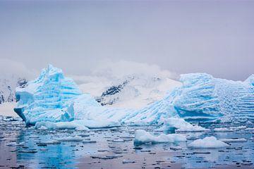 Blauw ijs van