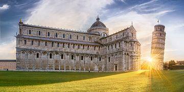 Schiefer Turm von Pisa mit Dom im schönen Sonnenaufgang. von Voss Fine Art Fotografie