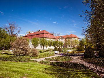 Schloss Mirow in Mecklenburg-Vorpommern mit Schlossgarten von Animaflora PicsStock