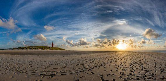 Vuurtoren Eierland met circumenzenitale boog van Texel360Fotografie Richard Heerschap