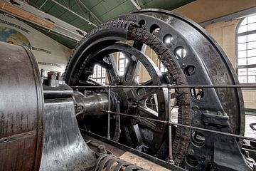 Komponente einer Dampfmaschine von Henk Elshout