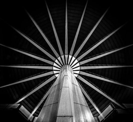 Black/White Pillar and star van Olivier Van Cauwelaert
