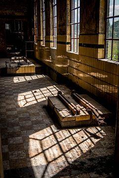 Fenster in einer alten Fabrik von SRF
