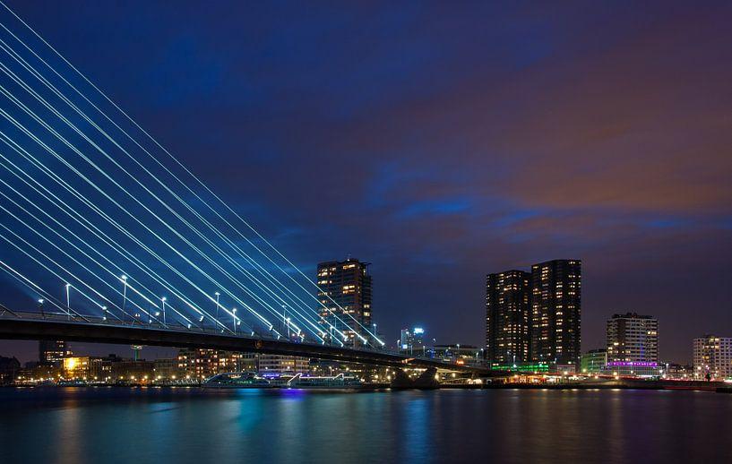 City lights of rotterdam van Ilya Korzelius
