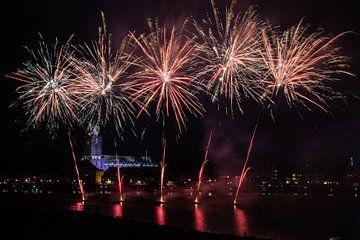Vuurwerkshow bij Deventer van VOSbeeld fotografie