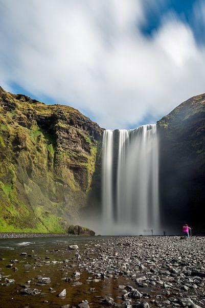 Skogafoss Waterval IJsland van Marco Schep