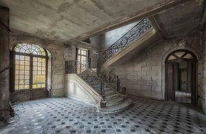 Trap in verlaten kasteel van Maikel Brands