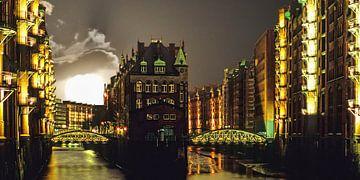 Hamburg mit Vollmond von Stefan Havadi-Nagy
