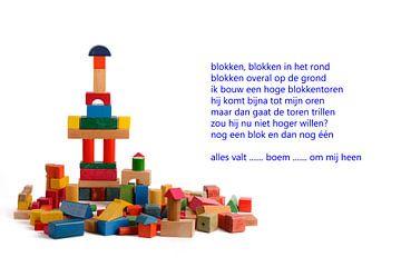 toren van houten blokken van Bargo Kunst