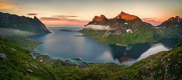 Kjerkfjorden Midnight Sun Panorama van Wojciech Kruczynski