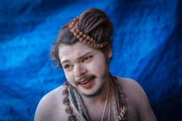 Naga Sadhu tijdens de Kumbh Mela in Haridwar India. Wout Kok One2expose van