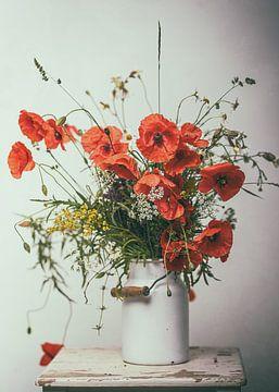 Naturblumenstrauß mit Mohnblumen nostalgisch von Elke Wolfbeisser
