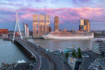 Cruiseseizoen gestart in Rotterdam van Midi010 Fotografie