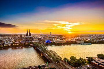 Köln bei Sonnenuntergang von Günter Albers