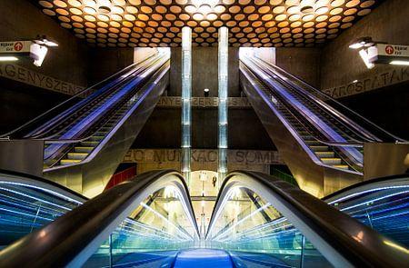 Metrostation  Boedapest Rákóczi tér von Keesnan Dogger Fotografie