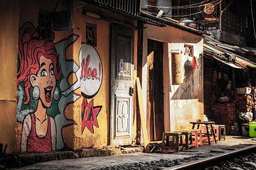 Striptekening trein straat Hanoi van Joey Ploch
