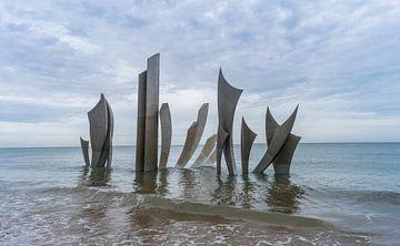 Monument op Omaha Beach, Normandië, Frankrijk van Patrick Verhoef