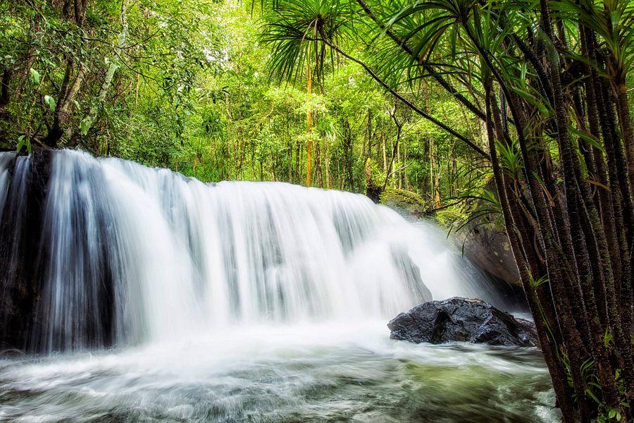 Tropische Waterval van Jaap van Lenthe
