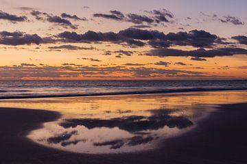 Sonnenaufgang in der Karibik von Cees Stalenberg