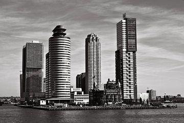 Modern Skyline of the port of Rotterdam sur Silva Wischeropp