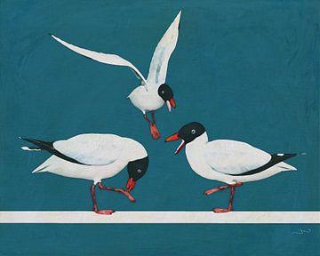 Drie zwarte meeuwen vechten bij de zee! van Jan Keteleer