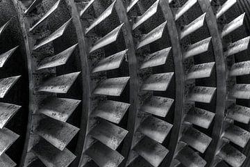 Schwarz-Weiß-Foto einer Turbine von W J Kok