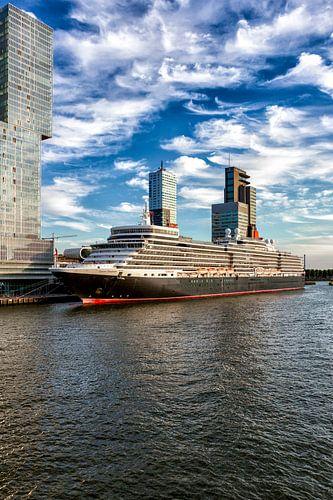 MS Queen Elizabeth van
