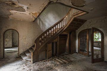 Urbex trap/ urbex staircase van Maarten De Schrijver