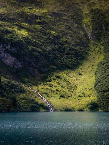 Waterval Engstlensee van Robin Gooijers