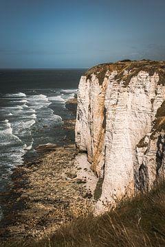 Les falaises d'Etretat en France sur Bryan Van Tiggelen