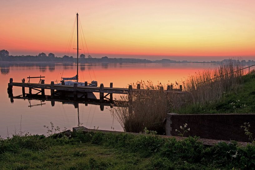 sunrise van Petra Vastenburg