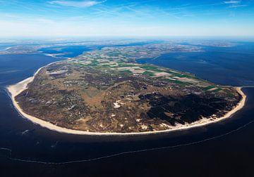 Overzicht van voormalig eiland Schouwen-Duiveland vanaf de Noordzee tussen Oosterschelde en Grevelin van Sky Pictures Fotografie
