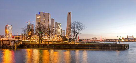 Park, Boulevard und Fluss in Rotterdam
