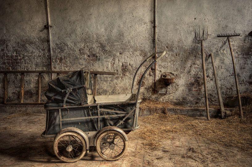 Urbex - Baby farmer von Angelique Brunas