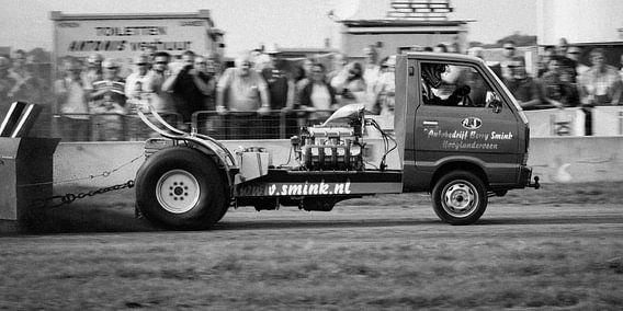 Daihatsu tractor pulling van Jack Vermeulen