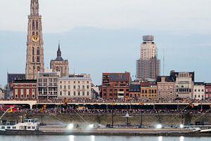 Ponton Antwerpen van