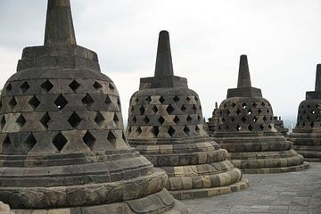 Borobudur in de ochtend van Amanda Huijbregts