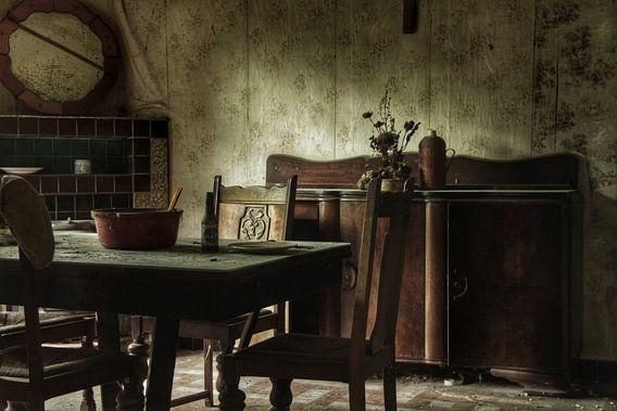 Verlaten kamer in een verlaten huis