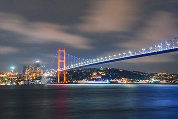 Istanbul Bosphorus sur Ali Celik