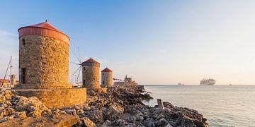 Moulins à vent du port de Mandraki à Rhodes sur Werner Dieterich