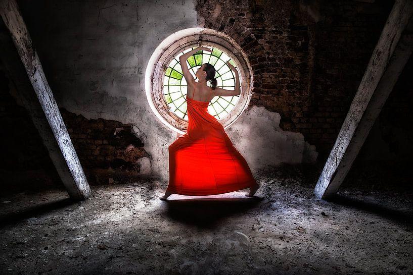 Lady in red von Bodo Gebhardt