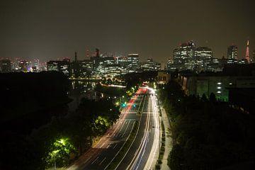 Skyline van Tokio bij nacht van Marcel Alsemgeest