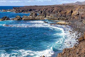 Rotskust Los Hervideros in het zuidwesten van Lanzarote