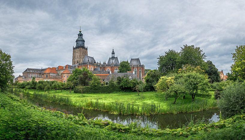 Panorama Zutphen met blik op de Walburgtoren van Jeroen Sloot